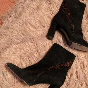 Sz 8 Stuart Weitzman boots